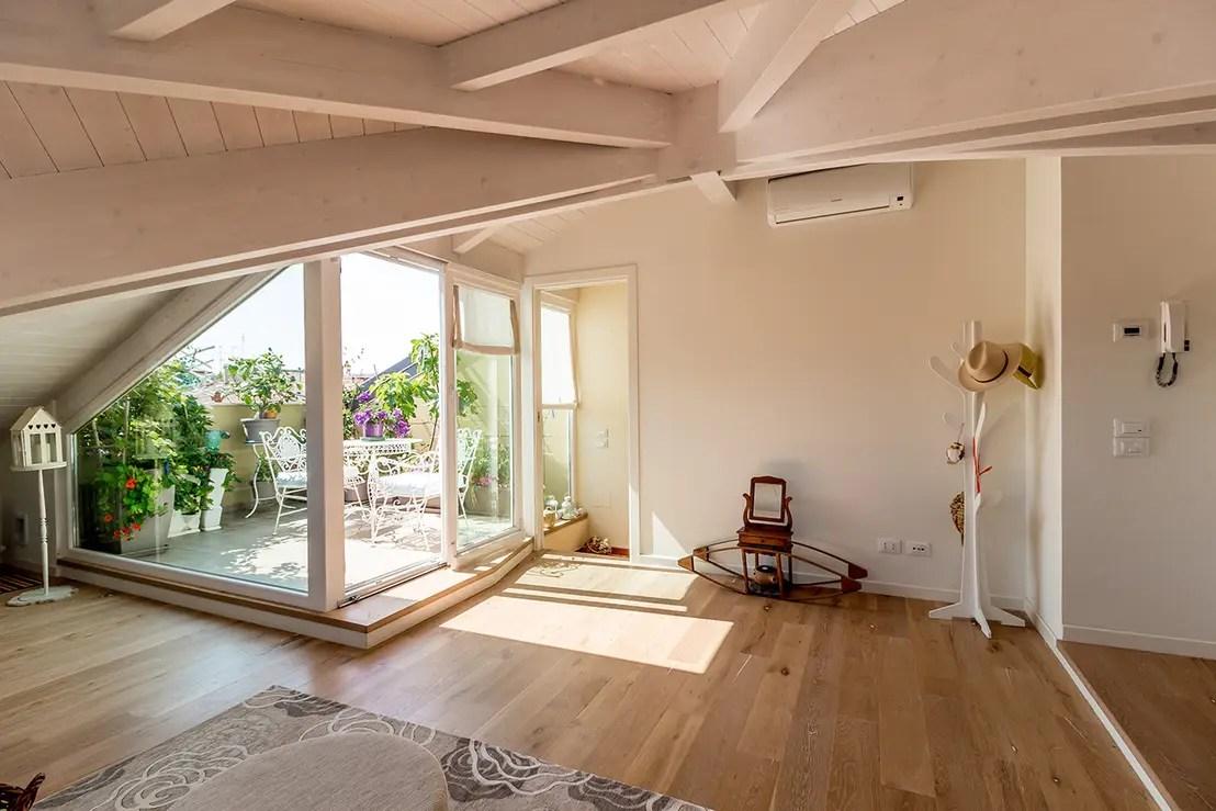 Eine zauberhafte Dachwohnung