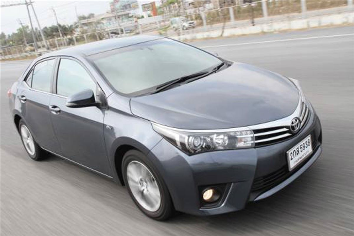 new corolla altis on road price harga all kijang innova q toyota 2014 car review honest john