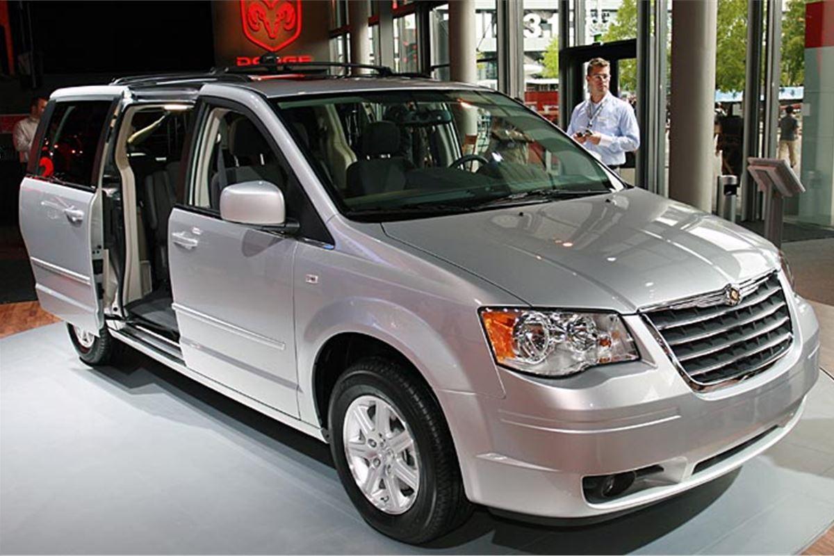 Chrysler Grand Voyager 2009 Road Test  Road Tests  Honest John