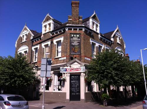 Forest Gate Hotel 105 Godwin Road Docklands E7 0lw