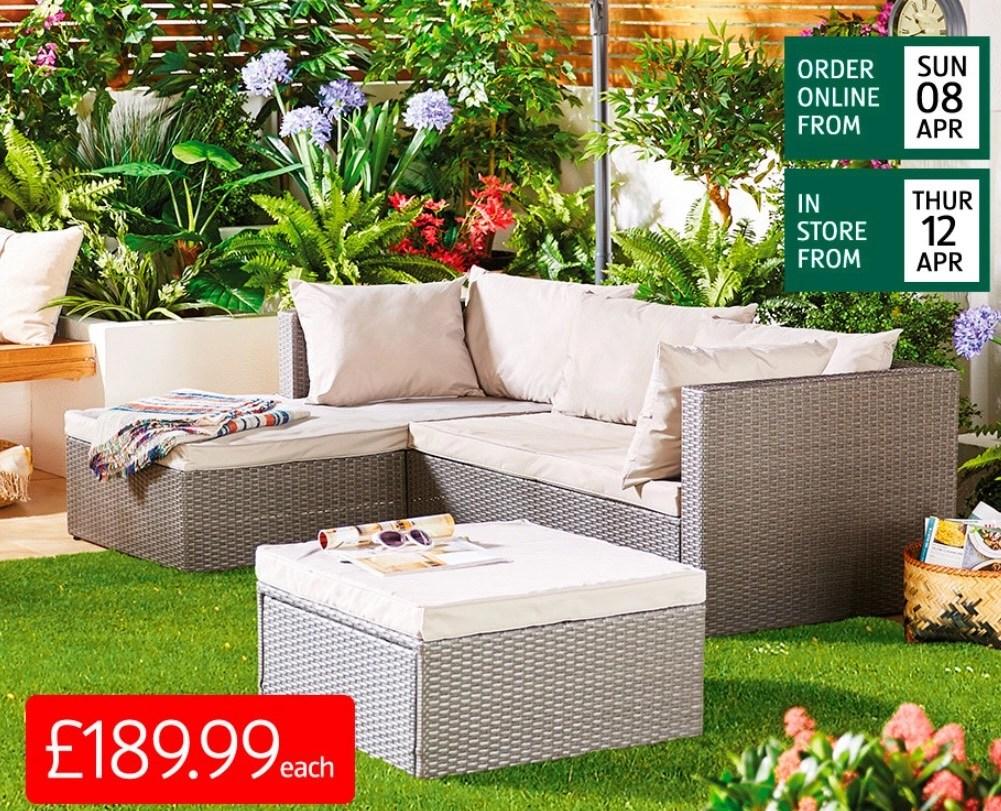 Rattan Garden Sofa Set £189.99 Pre Order Or Collect In