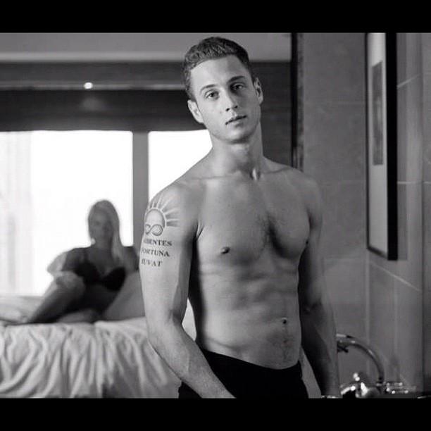 Chet Haze Shirtless Chicago Musician Son Of Tom Hanks