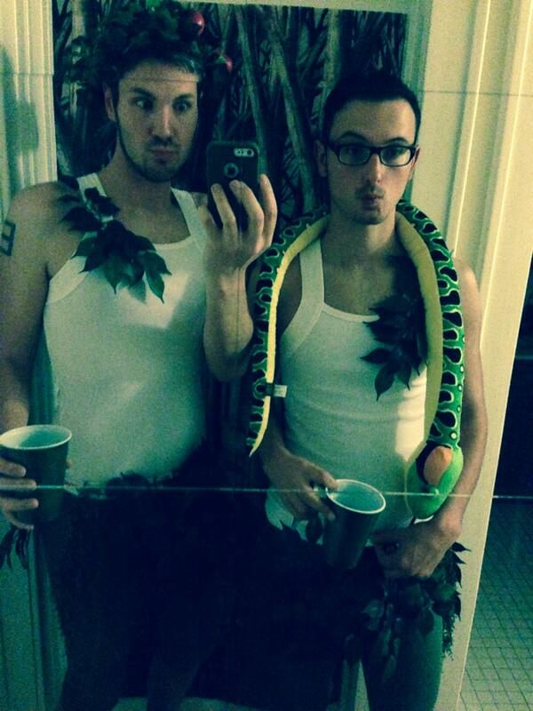 13 Halloween Costumes That Wont Make You Hate Couples Who