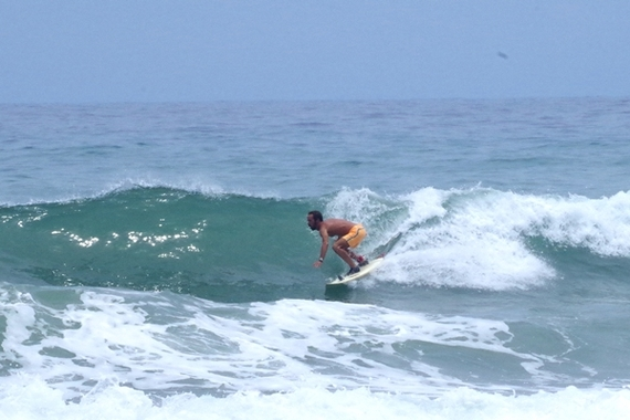 2014-05-08-SurfinginArugamBay.JPG
