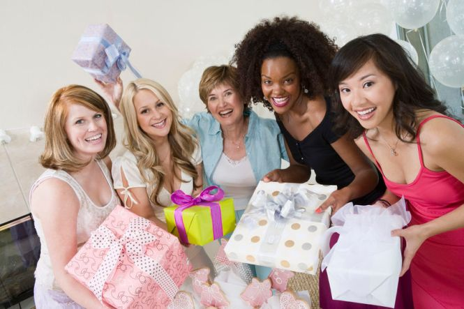 Who Should Be Invited To A Bridal Shower Huffpost Life