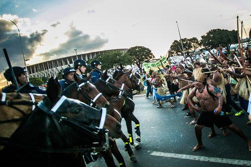 2014-06-04-horsies.jpg