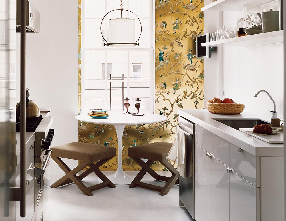 8 Amazing Small Kitchen Decorating Ideas