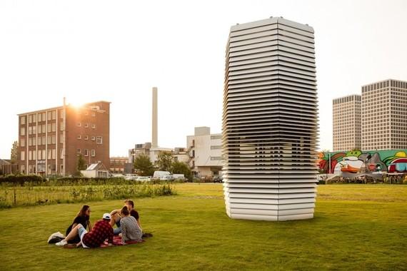 2015-10-15-1444948643-87714-Smog_Tower.jpeg