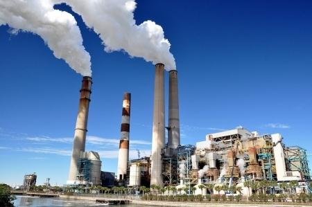 2016-01-19-1453242100-3304497-pollutingpowerplantinFloridaWalteratFlickrccr265.jpg
