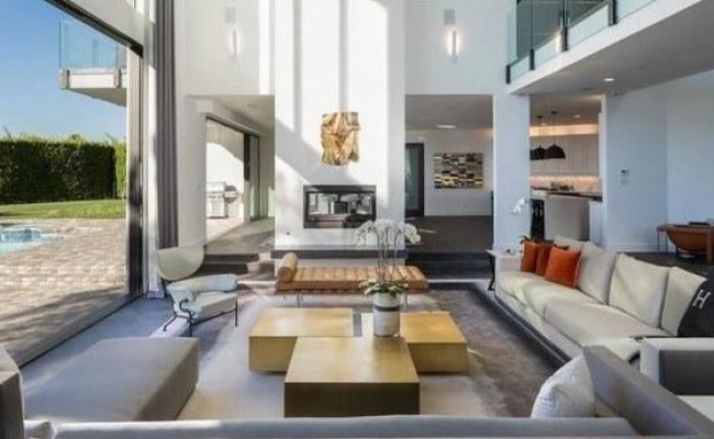 John Legend And Chrissy Teigen Buy Rihanna S Former Home