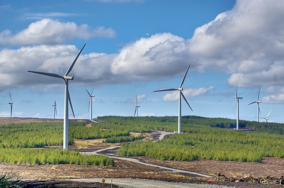 2017-01-18-1484717695-3604806-ScotlandwindfarmsSourceFinancialTribuneccr364.jpg