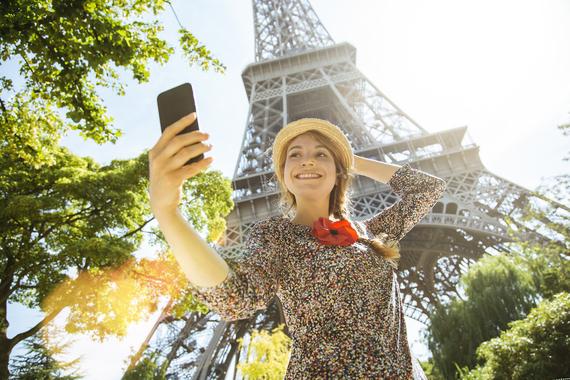 2017-02-06-1486415525-9639925-ParisWomanphotomessaging486971456_5208x3472.jpeg
