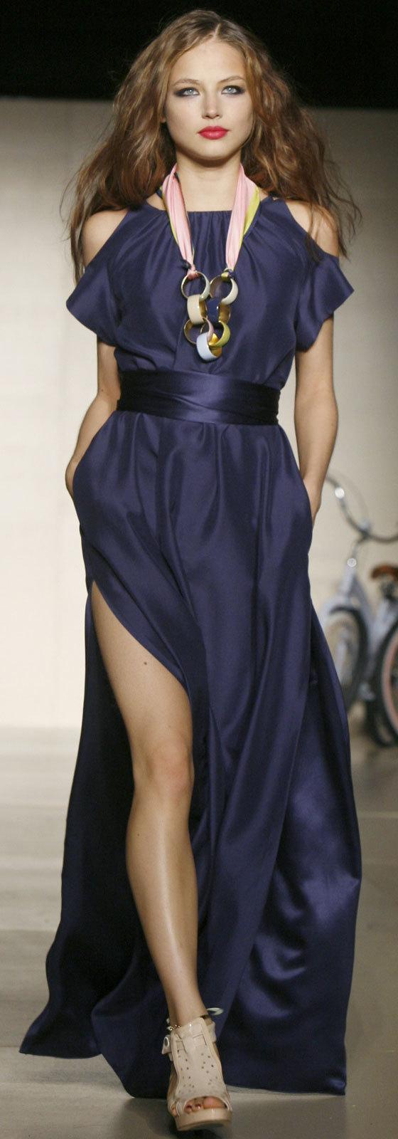she so ghetto seriously mcmillan Ruslana Korshunova runway model