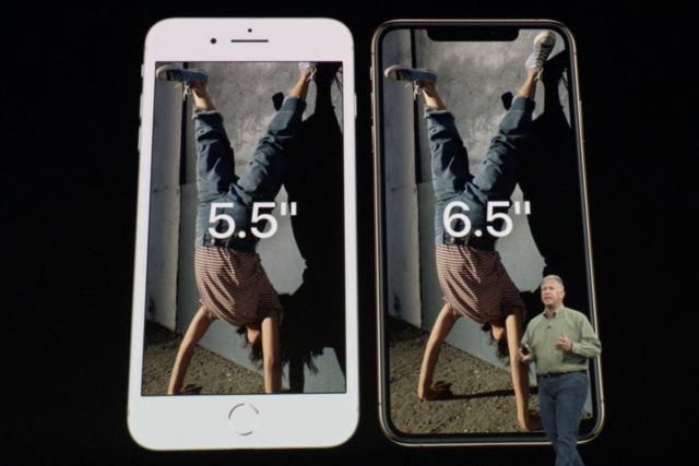 apple event xs max compared