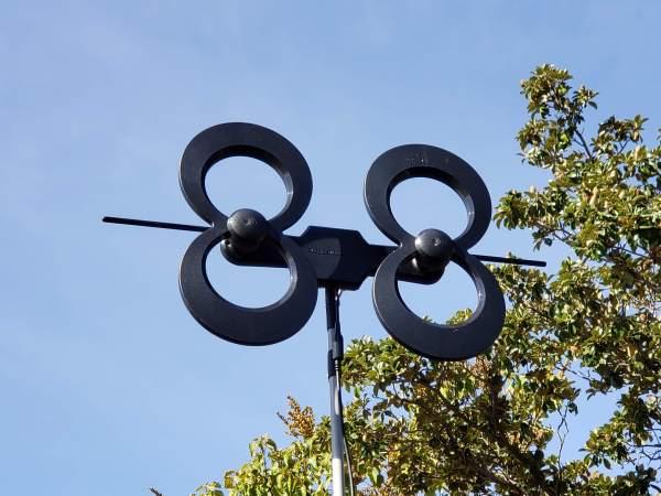 Antennas Direct Clearstream 4 Max Good Multi-directional Antenna Attic