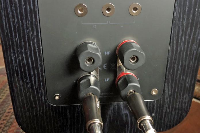 q acoustics concept 300 image 3b