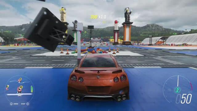 Microsoft Xbox Cloud Gaming Forza Horrizon 4 в игре