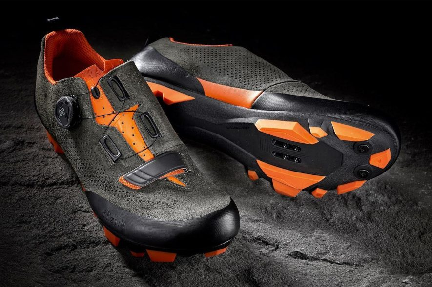 chaussure Fizik X5 Terra