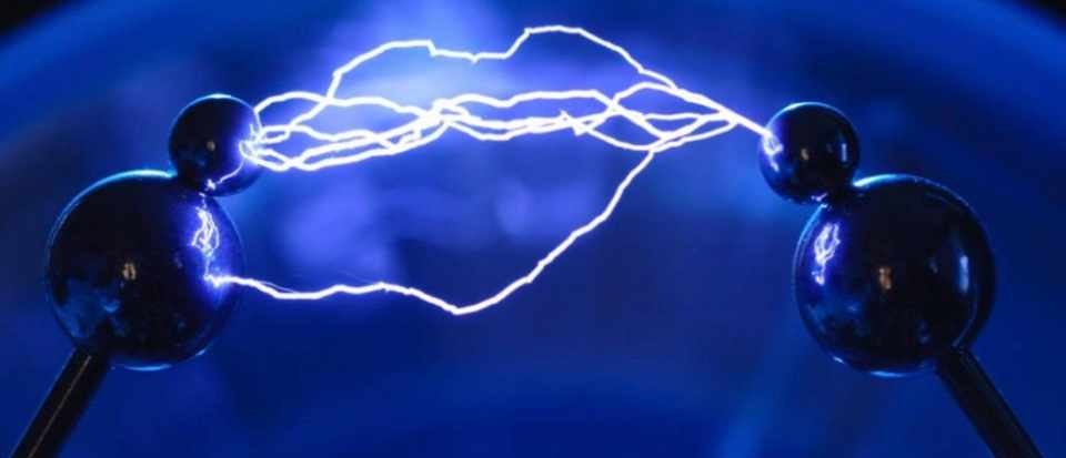 can electricity be transferred