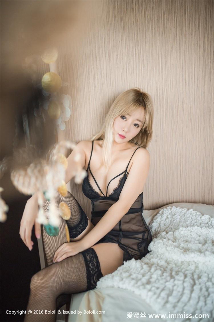 [Bololi波萝社]新刊 2017.04.18 BOL.044 王雨纯77 卧室诱惑