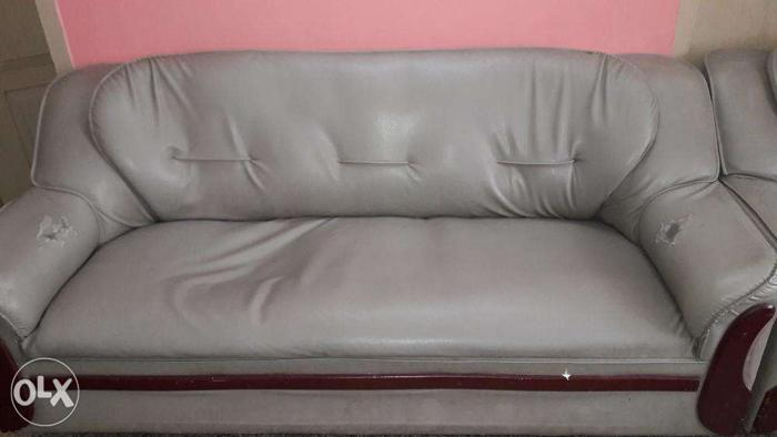 old sofa in chennai pictures of living rooms with sectional sofas 3 1 rexin 3yrs good condition for sale