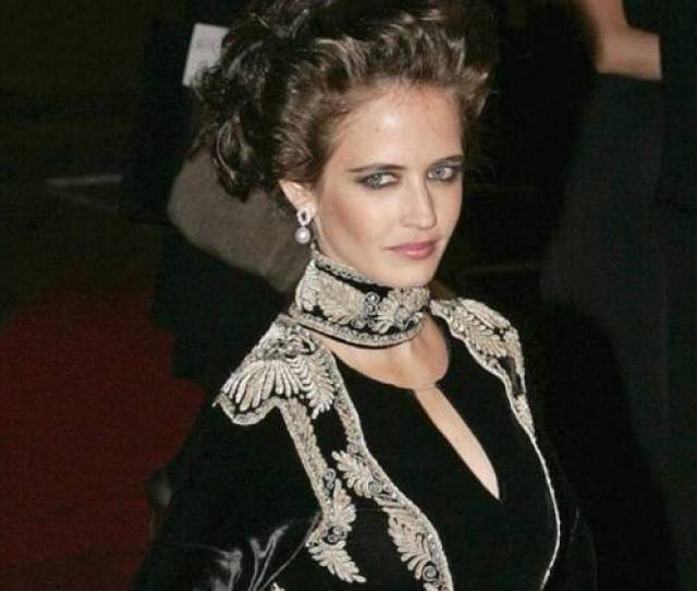 Actress Eva Green Immerses Herself So Deeply Into Her Characters That She Forgets She Is Naked