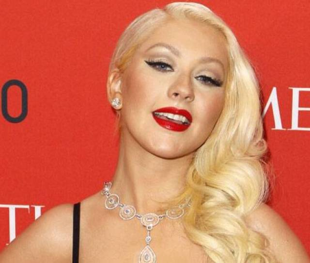 Singer Christina Aguilera Posted Her First Topless Selfie On Photo Sharing Website Instagram