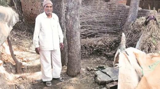 dalit, dalit family, mehsana, gujarat newsBhikhabhai Senma. Express