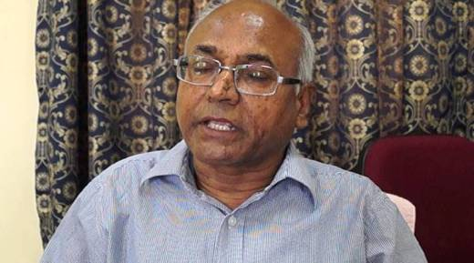 Kancha Ilaiah, Kancha Ilaiah attacked, Kancha Ilaiah book, Chappals thrown at Kancha Ilaiah, Kancha Ilaiah Hyderbad, Vysya community, Samajika smugglurlu komatollu, india news, indian express