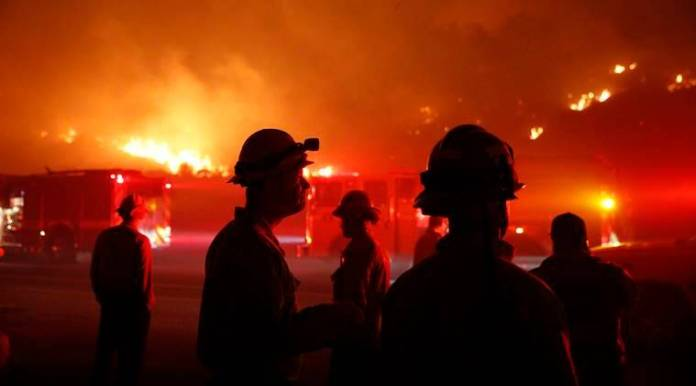 California officials lacked solid fire alert plan