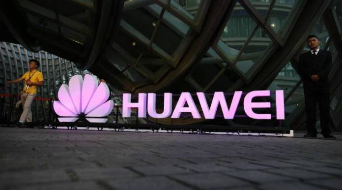 Huawei UK investment, US smartphone industry, Chinese smartphone makers, national security threats, ARM chips, UK PM Theresa May, Vodafone, Brexit, European Union, AT&T