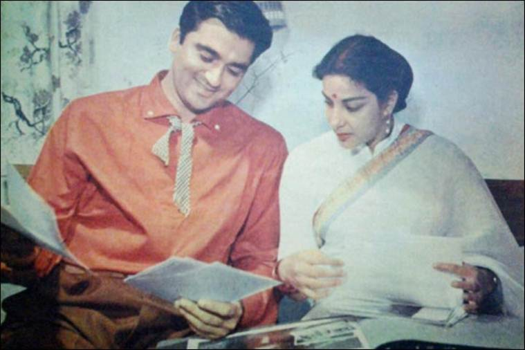 The Nargis And Sunil Dutt Romance A Love Story Fit For