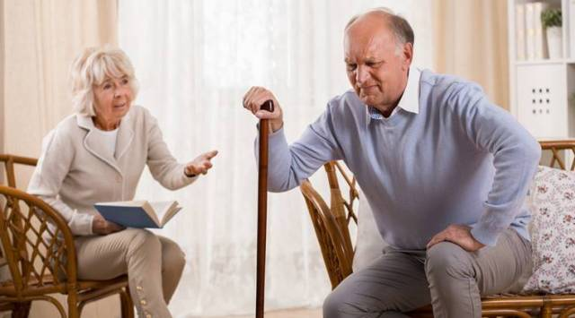 knee pain, depression, elderly depression, knee pain elderly, Osteoarthritis, Osteoarthritis effects, Osteoarthritis depression, health news, indian express
