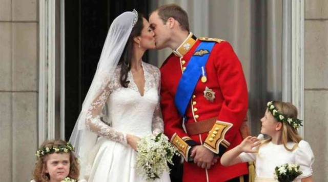 H&M recreated Kate Middletons dreamy wedding dress for Rs 20,000 and it soon sold out!