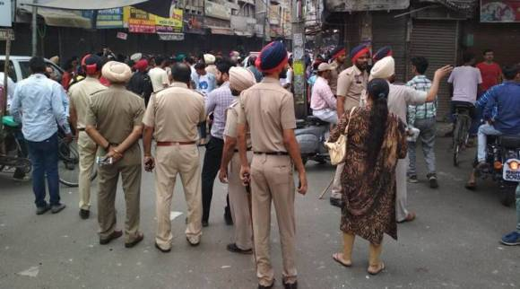 Bharat Bandh LIVE Updates: Several  injured in Bihar clashes, internet suspended in UP's Saharanpur