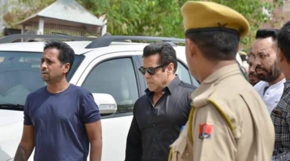 Salman Khan gets five years jail for killing two blackbucks