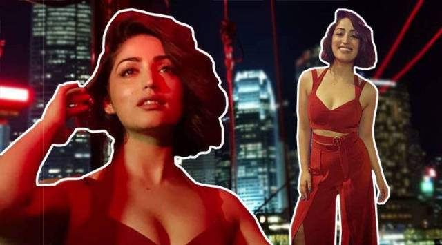 Yami Gautam makes for a pretty picture in this rust-coloured outfit