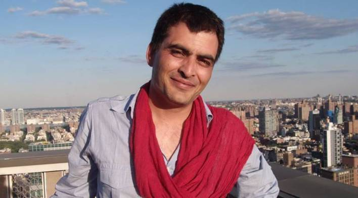I dont see myself standing behind any hero as a sidekick: Manav Kaul