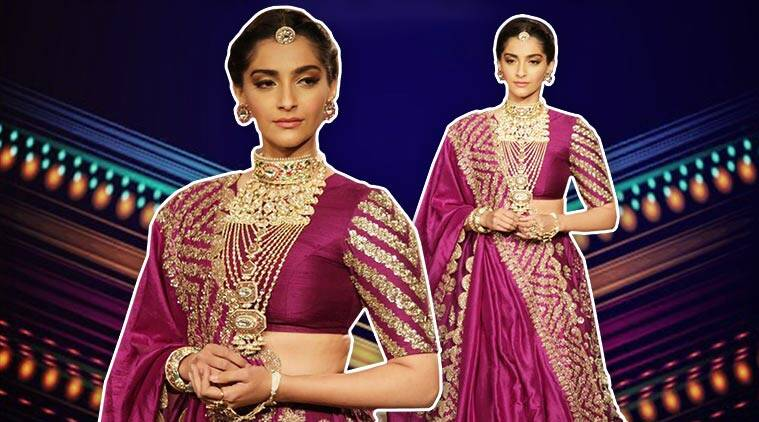 sonam kapoor, sonam kapoor walks ramp, sonam kapoor showstopper, sonam kapoor anand ahuja, indian express, indian express news