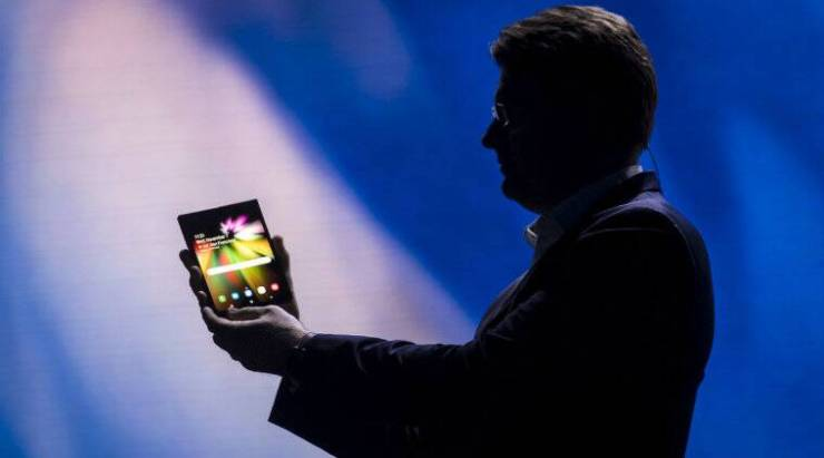 Samsung foldable phone, Samsung foldable phone release date, Samsung foldable phone price in India, Samsung foldable phone specifications, Samsung foldable phone features, Samsung foldable smartphone, Samsung foldable smartphone 2019 release