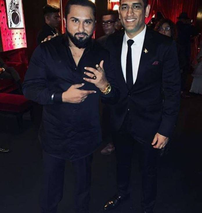 HONEY SINGH WITH DHONI