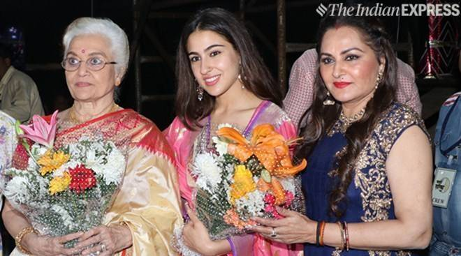 Marathi Taraka Awards 2019: Sara Ali Khan, Kangana Ranaut, Rekha And Others In Attendance