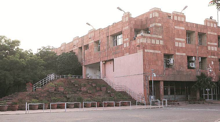 Jnu V-c Says Students Broke Into His House, Police Say No Complaint