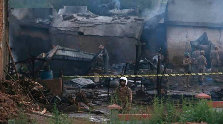 Pakistan 17 Killed As Military Aircraft Crashes In