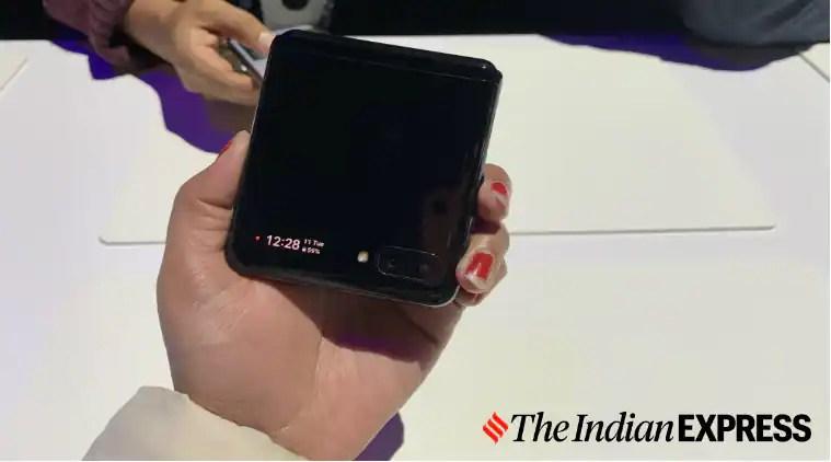 Galaxy Z Flip, Samsung Galaxy Z Flip, Galaxy Z Flip vs Motorola Razr, Razr price in India, Galaxy Z Flip price in India, Samsung Galaxy Z Flip review