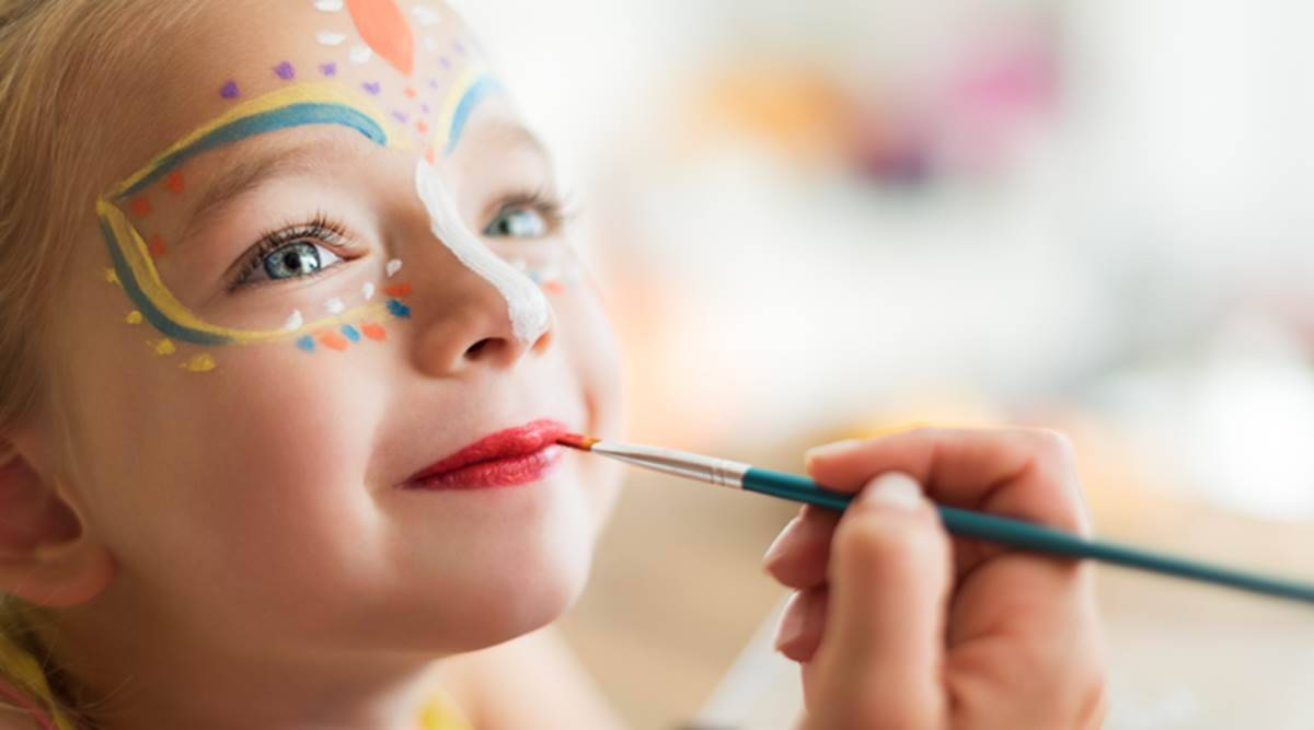 5 Diy Craft And Activity Ideas To Make Social Distancing Fun For Children Parenting News The Indian Express