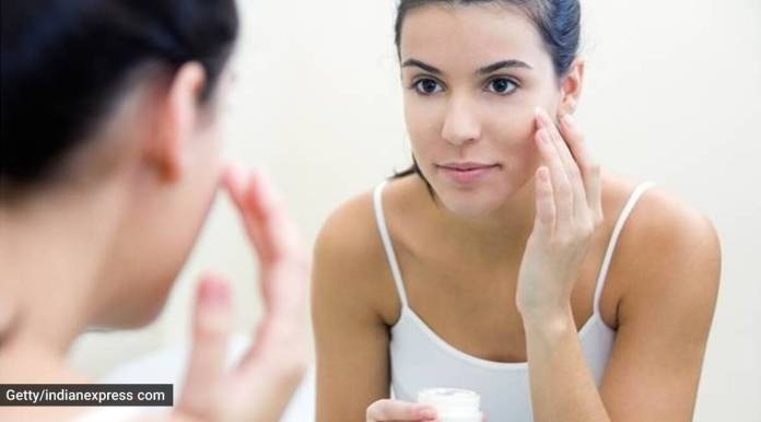 Oil Cleansing A Fool Proof Method To Remove Your Makeup Naturally Lifestyle News The Indian Express