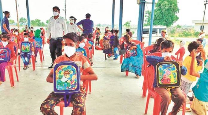 Tech-tonic transition in Jhansi: Police adopt village to plug digital divide on education