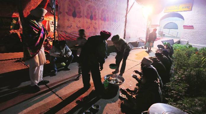 Tents, langar, shifts: Behind the bustle, a well-oiled and disciplined machine