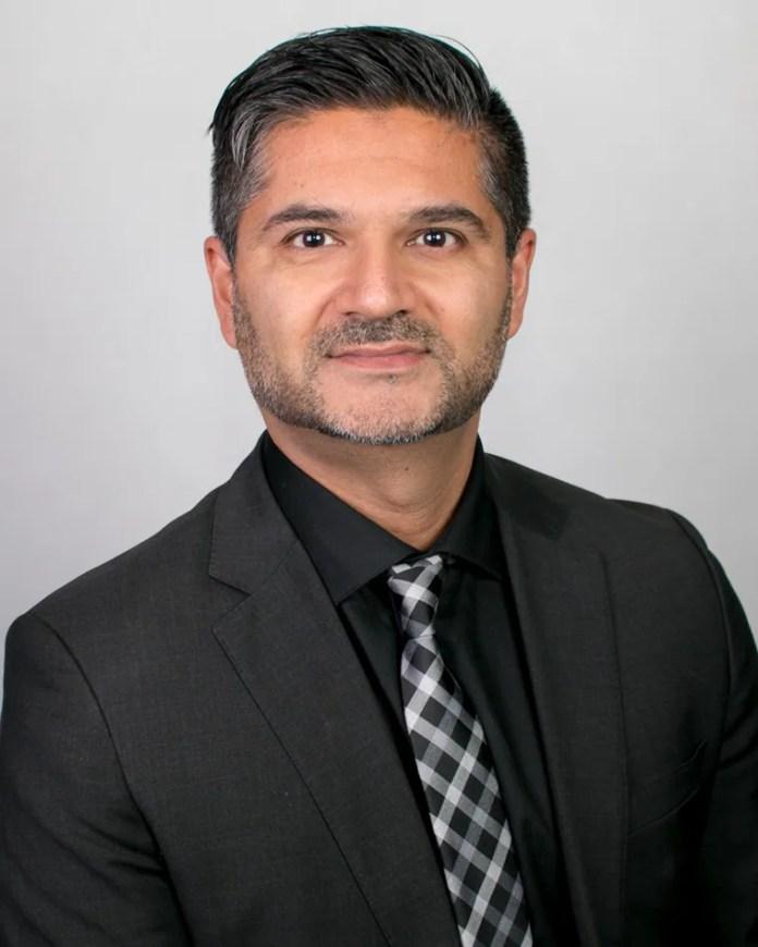 dr shiv bajaj, dr nanda, chiropractic treatment
